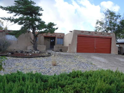 Single Family Home For Sale: 7200 San Francisco Road NE