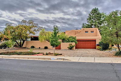 Albuquerque Single Family Home For Sale: 4320 Aspen Avenue