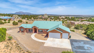 Tijeras NM Single Family Home For Sale: $525,000