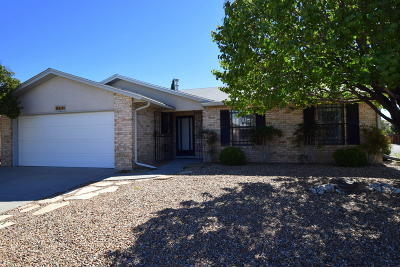 Albuquerque Single Family Home For Sale: 5434 Timberline Avenue NW