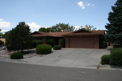 Albuquerque Rental For Rent: 9415 Lona Lane NE