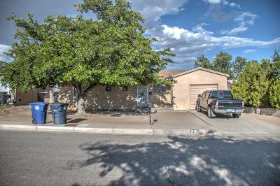 Albuquerque Single Family Home For Sale: 218 59th Street SW