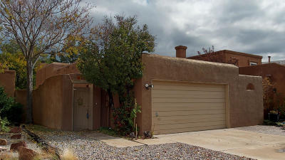 Albuquerque Single Family Home For Sale: 5228 Saratoga Court NW