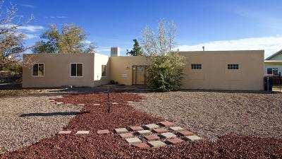 Rio Rancho Single Family Home For Sale: 400 Oreja De Oro Drive SE