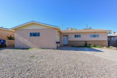 Albuquerque NM Single Family Home For Sale: $154,900
