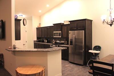 Valencia County Single Family Home For Sale: 8 Guinea Road