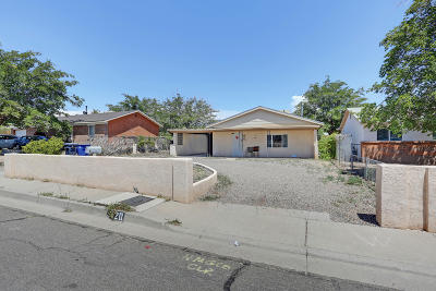 Albuquerque NM Single Family Home For Sale: $100,000