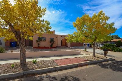 Albuquerque Single Family Home For Sale: 5300 College Heights Drive NW