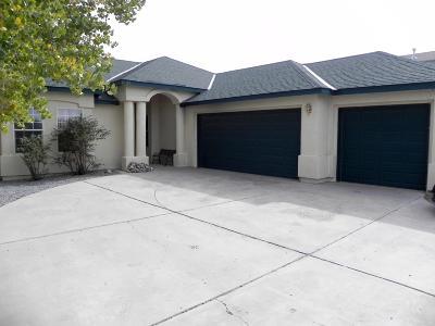 Valencia County Single Family Home For Sale: 20 Parador Road