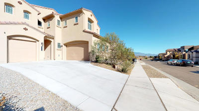 Albuquerque Single Family Home For Sale: 7319 Redbloom Road NW
