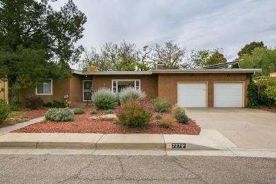 Single Family Home For Sale: 727 Morningside Drive NE