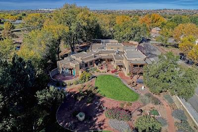 Sandoval County Single Family Home For Sale: 139 Alamos Road
