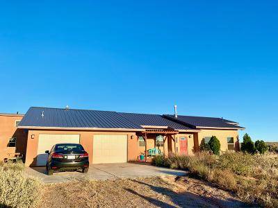 Valencia County Single Family Home For Sale: 8 Mora Drive
