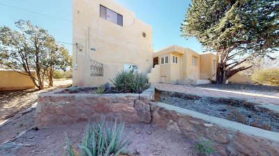 Placitas Single Family Home For Sale: 10 Camino Empressa