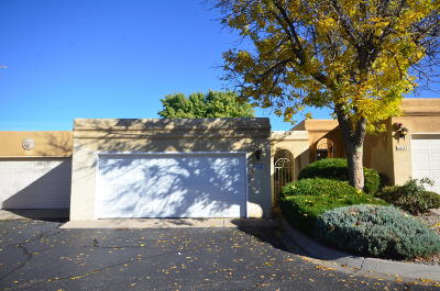 Bernalillo County Attached For Sale: 6035 Del Campo Place NE