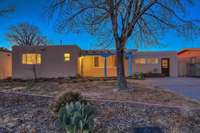 Single Family Home For Sale: 4241 Broadmoor Avenue NE