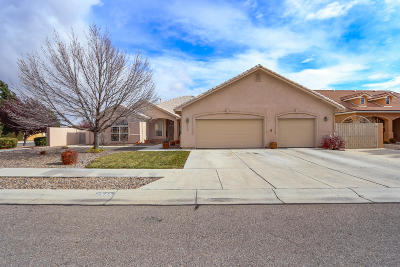 Albuquerque Single Family Home For Sale: 7516 Calle Montana NE