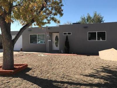 Albuquerque Single Family Home For Sale: 3505 Morningside Drive NE