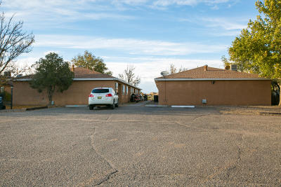 Rio Rancho Multi Family Home For Sale: 507 Vancouver Road SE