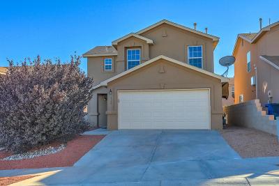 Albuquerque NM Single Family Home For Sale: $200,000