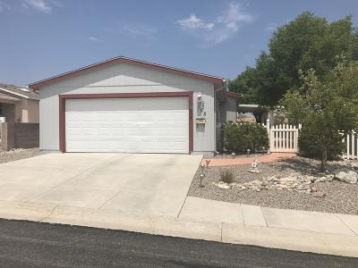 Valencia County Single Family Home For Sale: 158 Sunrise Bluffs Drive