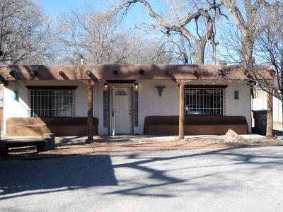 Albuquerque NM Single Family Home For Sale: $239,500