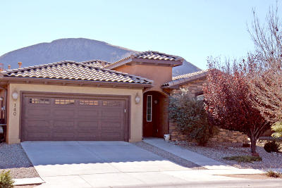 Los Lunas Single Family Home For Sale: 140 Zuni River Circle