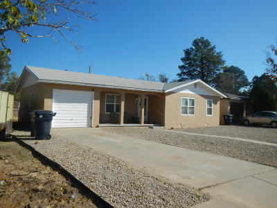 Albuquerque Single Family Home For Sale: 816 Cagua Drive SE