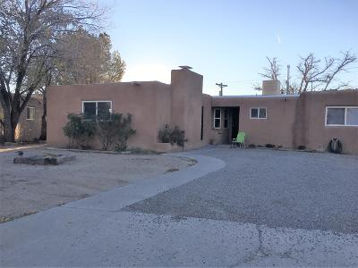 Albuquerque Single Family Home For Sale: 2207 Elizabeth Street NE