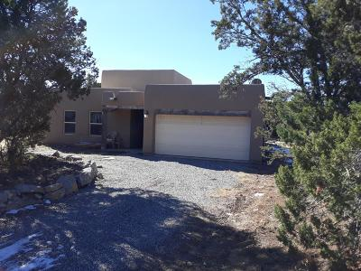 Tijeras, Cedar Crest, Sandia Park, Edgewood, Moriarty, Stanley Single Family Home For Sale: 5 Morgan Court
