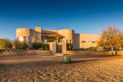 Valencia County Single Family Home For Sale: 630 Barnett Drive