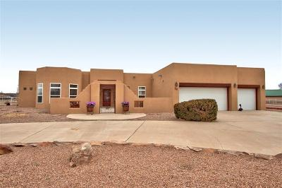 Valencia County Single Family Home For Sale: 30 Valle Lindo Court
