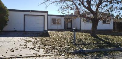 Single Family Home For Sale: 7800 Bart Avenue NE