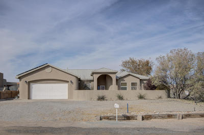 Rio Rancho Single Family Home For Sale: 733 Sonora Road NE