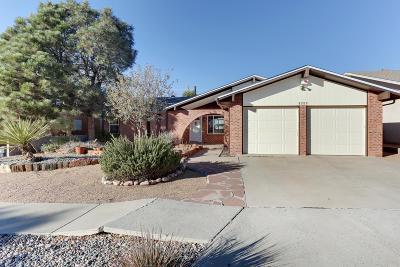 Single Family Home For Sale: 8329 Cherry Hills Road NE