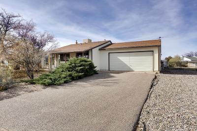 Albuquerque, Rio Rancho Single Family Home For Sale: 790 Archibeque Avenue SE