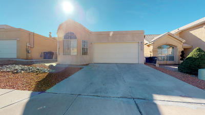 Single Family Home For Sale: 7220 Laster Avenue NE