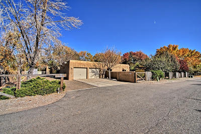 Albuquerque Single Family Home For Sale: 933 Commons North Lane