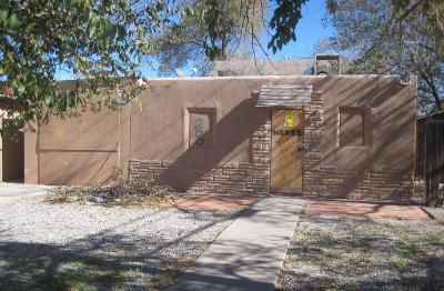 Bernalillo County Multi Family Home For Sale: 200 Utah Street NE