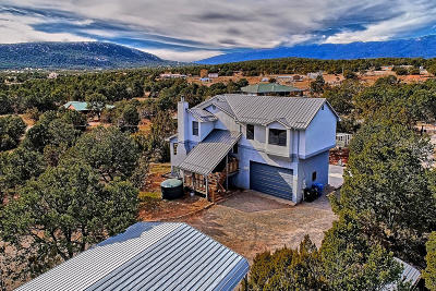 Tijeras, Cedar Crest, Sandia Park, Edgewood, Moriarty, Stanley Single Family Home For Sale: 2 Luckie Lane