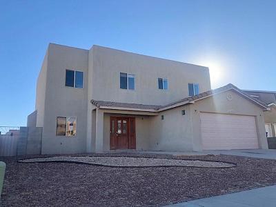 Albuquerque Single Family Home For Sale: 6408 Pima Place NW