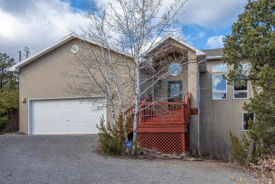 Tijeras, Cedar Crest, Sandia Park, Edgewood, Moriarty, Stanley Single Family Home For Sale: 3 Twin Tree Court