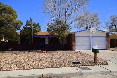Single Family Home For Sale: 7108 Leona Street NE