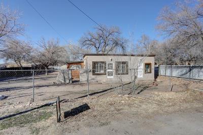 Albuquerque Single Family Home For Sale: 6735 Isleta Boulevard SW