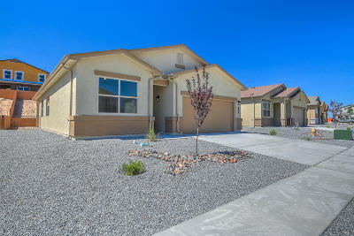 Valencia County Single Family Home For Sale: 10 Dos Hermanos Court