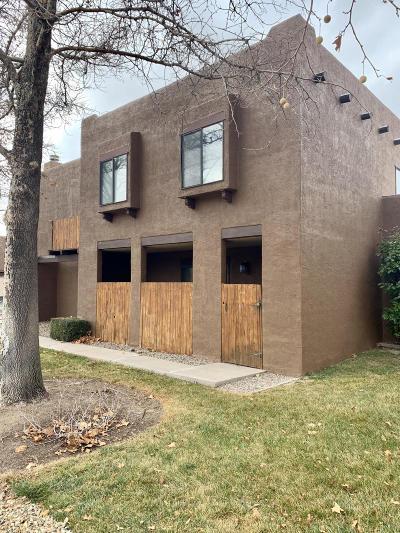 Albuquerque Attached For Sale: 5801 Lowell Street NE #APT 3B