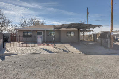 Albuquerque Single Family Home For Sale: 5812 Simon Court SW