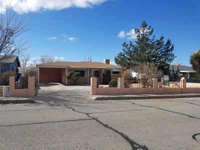 Albuquerque NM Single Family Home For Sale: $172,000