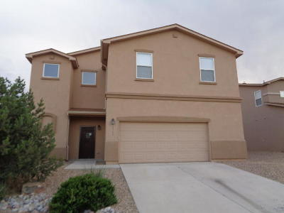 Los Lunas Single Family Home For Sale: 3561 Lone Tree Street SW