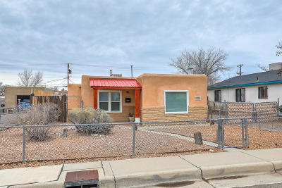 Albuquerque Single Family Home For Sale: 929 Alta Monte Avenue NW